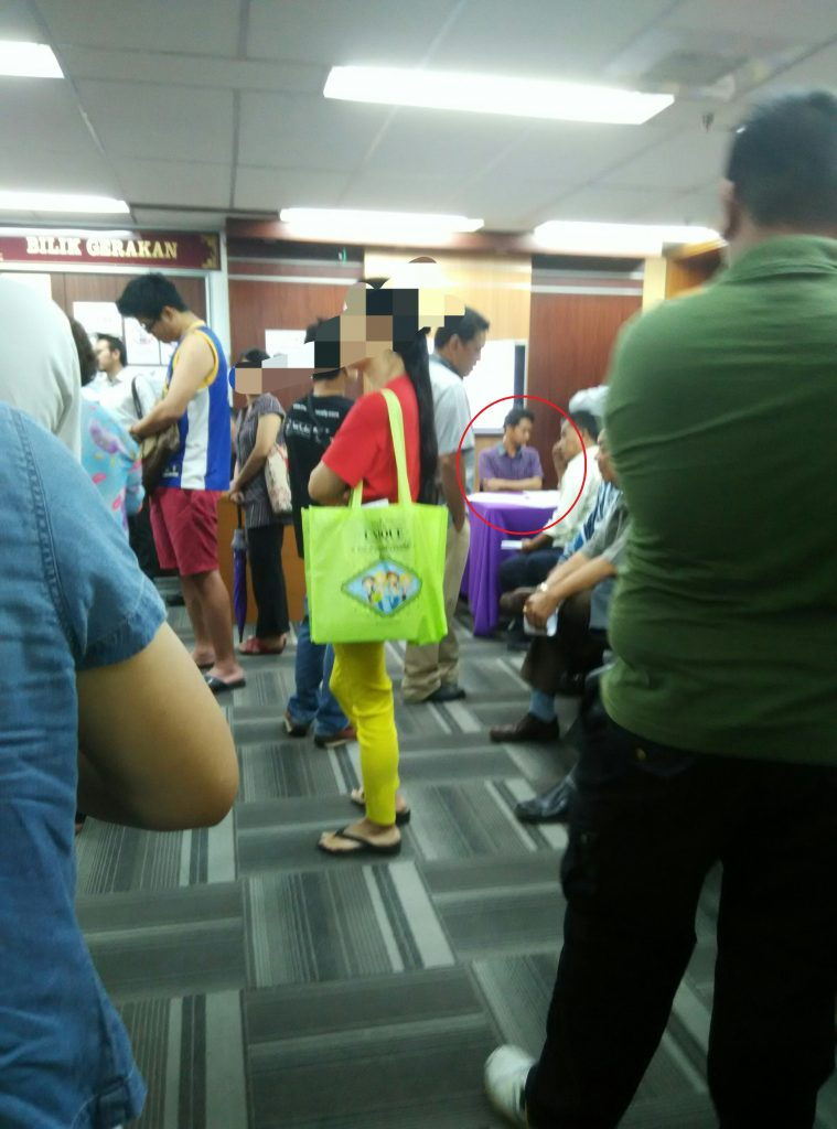 The EC Selangor office on 20 April 2017, which helpfully supplied a table to someone who was handing out RM100 each to voters as compensation for wrongful objection.